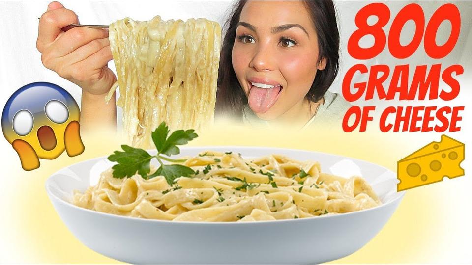 s04e47 — One-Pot Cheesy Chicken Alfredo Pasta 먹방 Mukbang— Eating Show