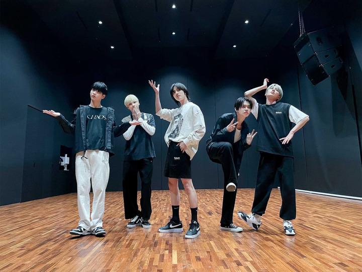 s2021e87 — [Dance Practice] «No Rules»