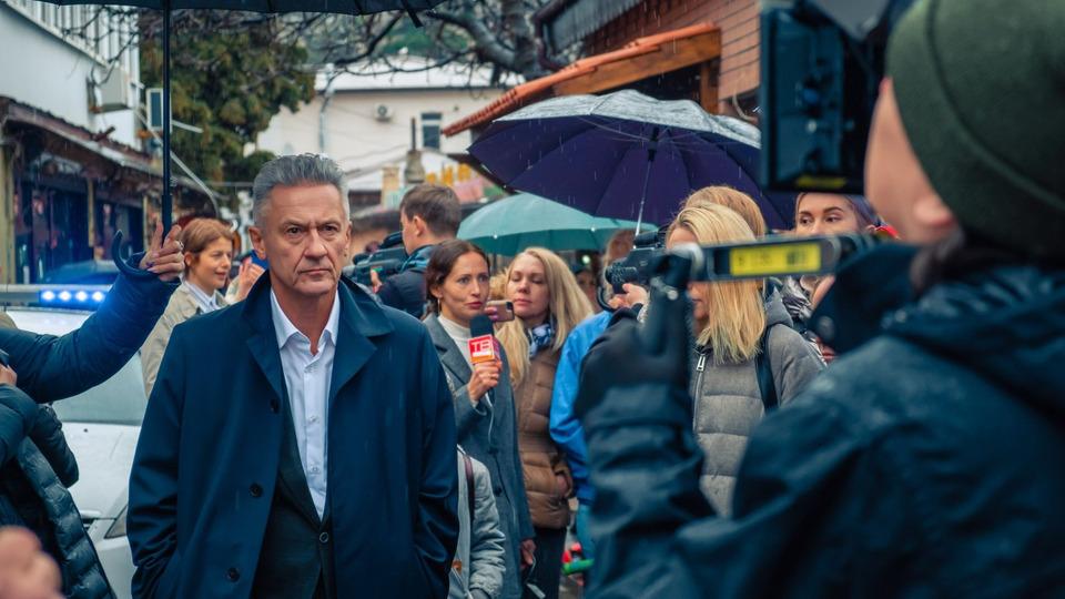 Олег Меньшиков исполнит главную роль вроссийской адаптации сериала «Ваша честь»