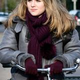 Marie-Mae van Zuilen — Laura Warmond