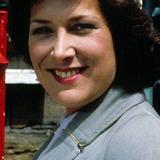 Lynda Bellingham — Helen Herriot