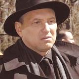 Михаил Жонин — капитан Игорь Николаевич Гнездилов