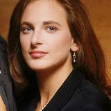 Marlee Matlin — Asst. Dist. Atty. Tess Kaufman