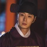 Jung Il Woo — Lee Geum