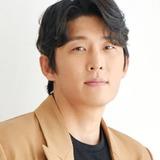 Go Joon — Han Yi Sang