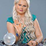 Дарья Миронова — Дарья Миронова, гадалка, ведущая