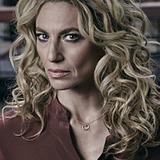 Claudia Black — Dr. Sabine Lommers