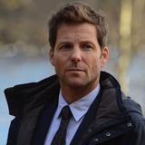 Jamie Bamber — DI Tim Williamson
