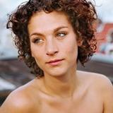 Eva van de Wijdeven — Eva van Amstel