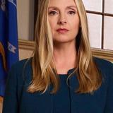 Hope Davis — Jill Carlan