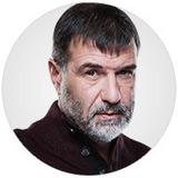 Евгений Гришковец — Артём Игоревич Лавров, муж Марины, хирург