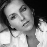 Carole Bianic — Capitaine Adeline Briard