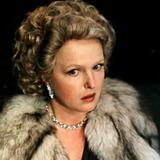 Елена Соловей — мадам Клара Роше, жена мэтра
