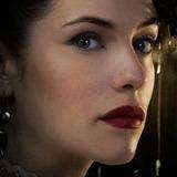 Jessica De Gouw — Elizabeth Hawkes