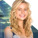 Lucy Fry — Zoey