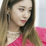 Park Ji Yun — La Ri Ma