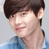 Lee Jong Suk — Park Soo Ha
