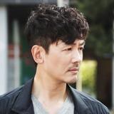 Jo Yun Woo — Hwang Woo Jin