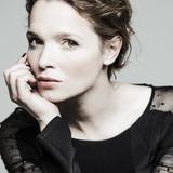 Karoline Herfurth — Emilia