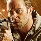 Sullivan Stapleton — Sgt Damien Scott