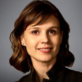 Katja Herbers — Dr Kristen Bouchard