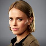 Katia Winter — Gwen Karlsson
