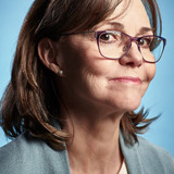 Sally Field — Janice Foster