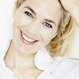 Laura Bach — Katrine Ries Jensen