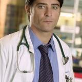 Goran Višnjić — Dr. Luka Kovac