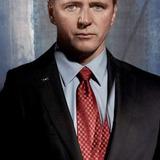 Aidan Quinn — Kevin Sweeney