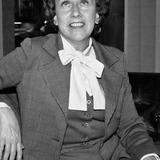 Jean Stapleton — Edith Bunker