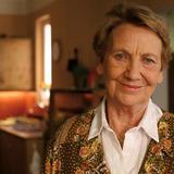 Ingrid Burkhard — Antonia Sackbauer