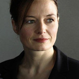Catherine McCormack — Lady Veronica Lucan