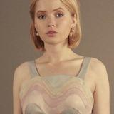 Ellie Bamber — Angela Knippenberg