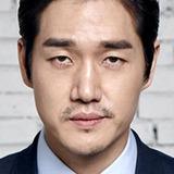 Yoo Ji Tae — Lee Tae Joon