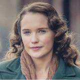 Julia Brown — Lois Bennett