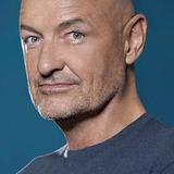 Terry O'Quinn — John Locke