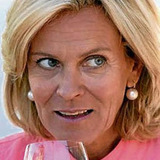 Andrea L'Arronge — Gräfin Schönberg