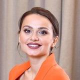 Катрин Асси — Жанна Глушко, бортпроводница