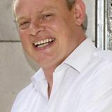 Martin Clunes — Dr. Martin Ellingham