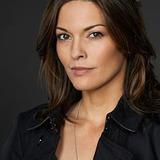 Alana De La Garza — Detective Jo Martinez