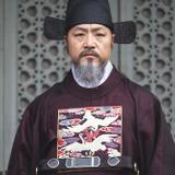 Lee Kyung Young — Min Jin Hun