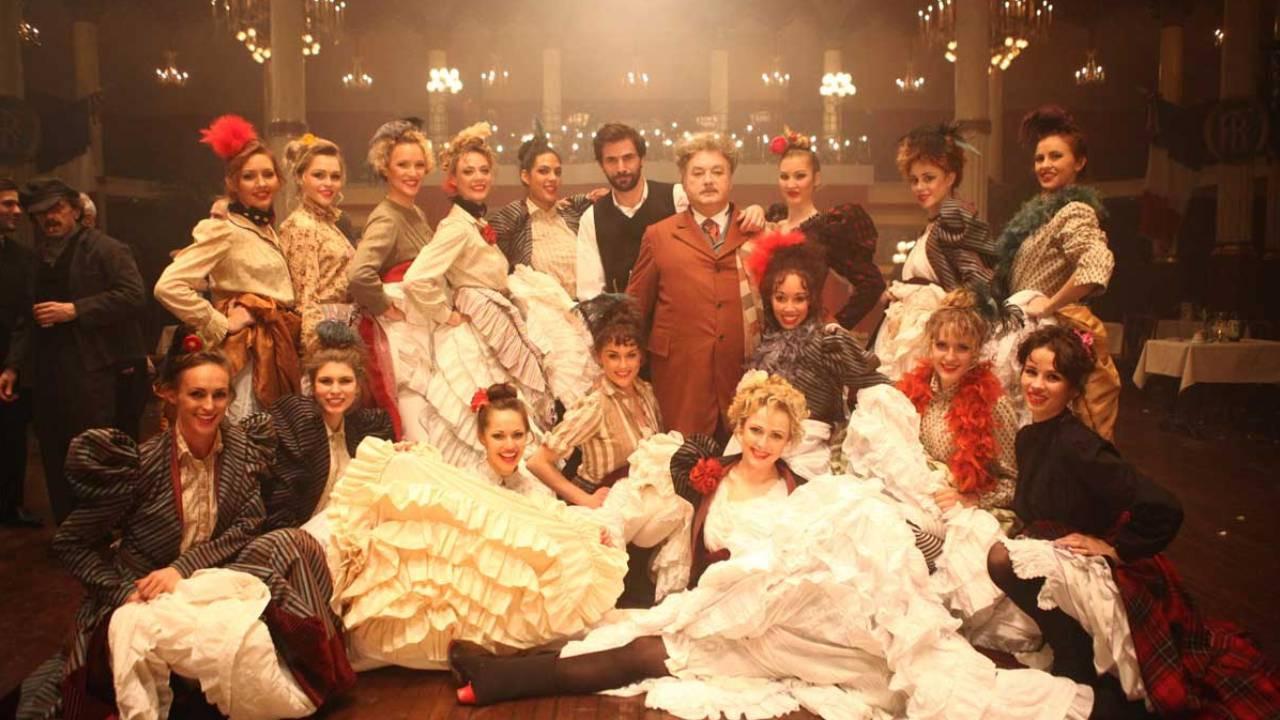 Show Mystère à Paris