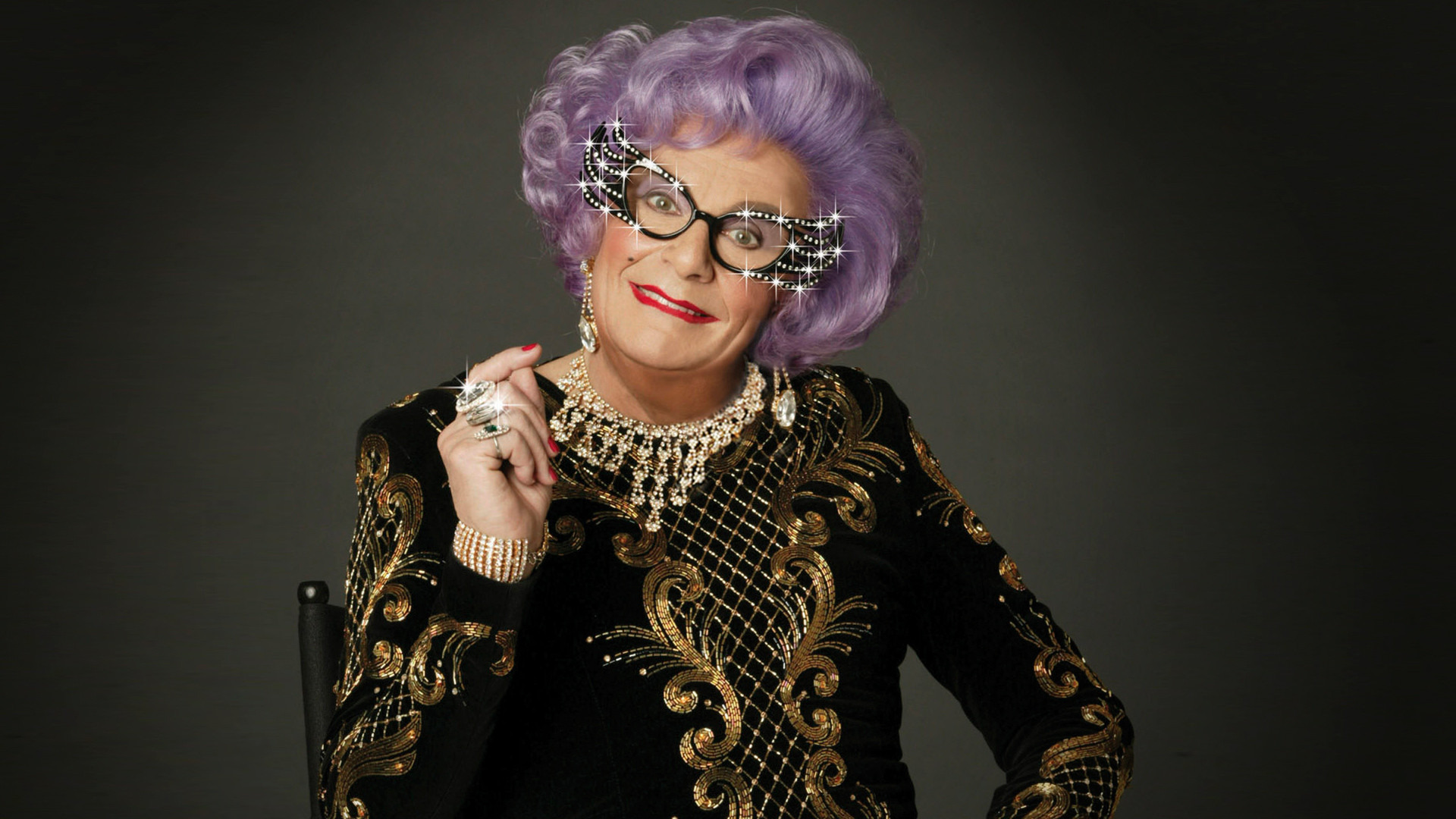 Show The Dame Edna Treatment