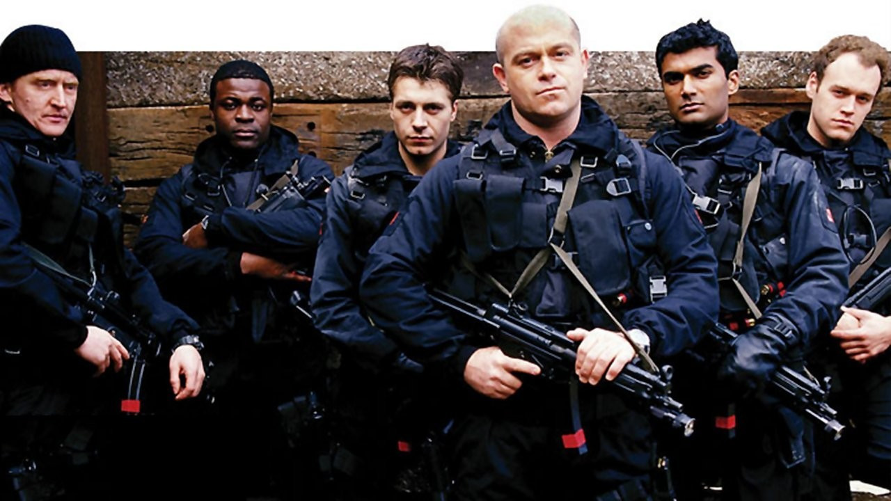 Show Ultimate Force