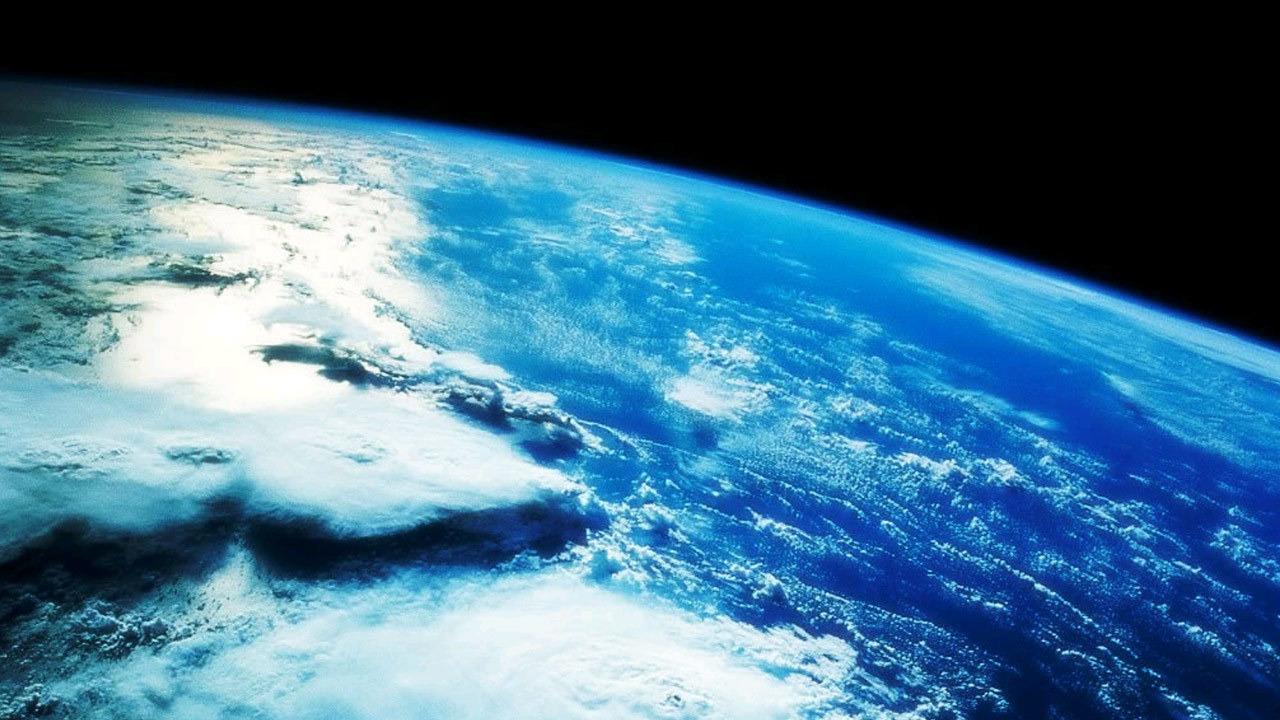 Show The Blue Planet