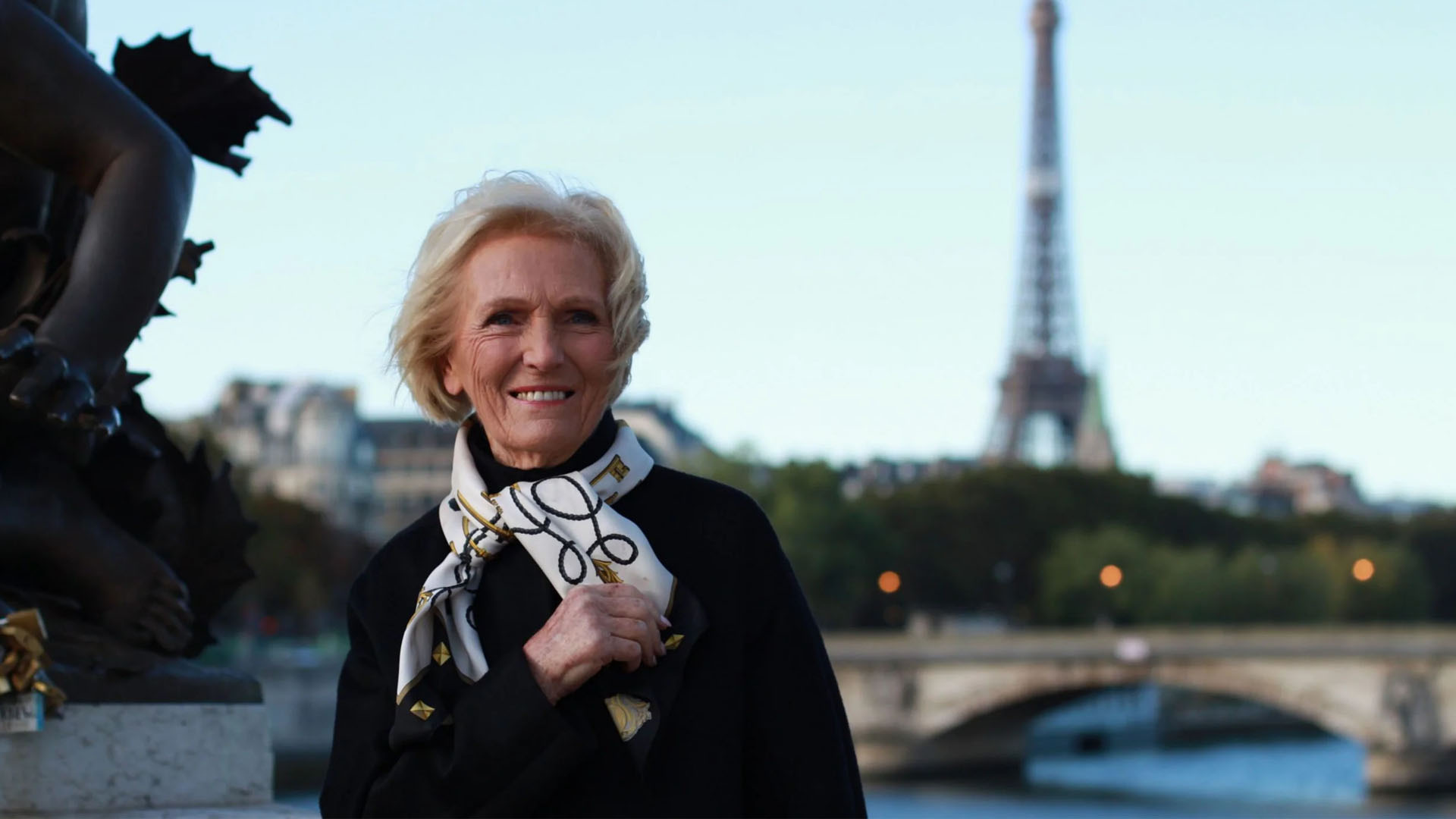 Show Mary Berry's Simple Comforts