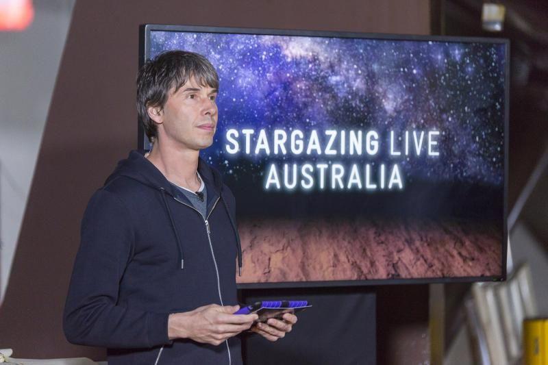 Сериал Stargazing Live
