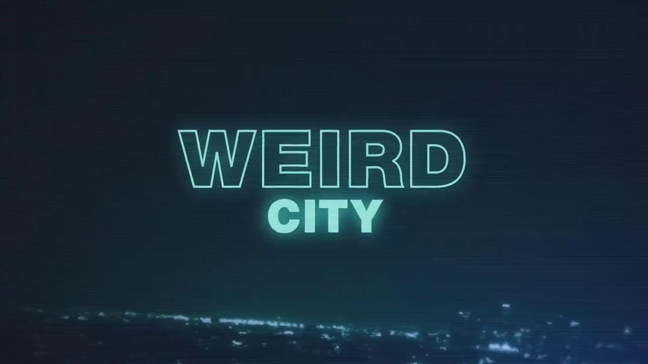 Show Странный город