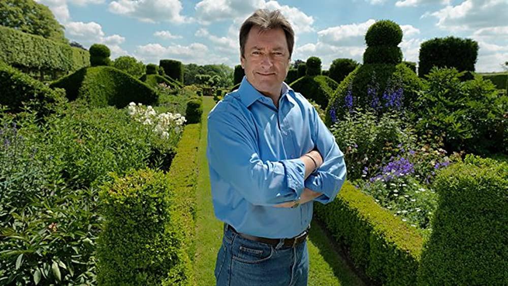 Show Alan Titchmarsh's Garden Secrets